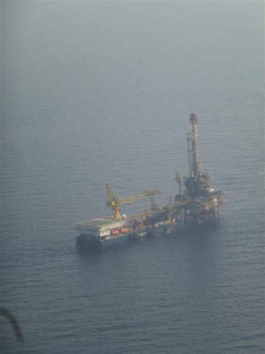 Dulang-D Drilling platform
