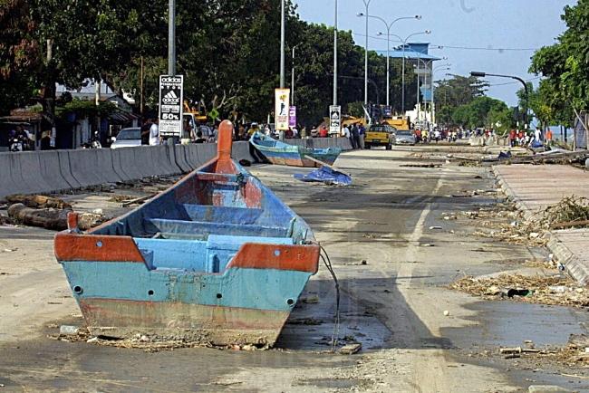 Post-Tsunami Tanjung Tokong looking towards the UDA apartments (blue roofed)