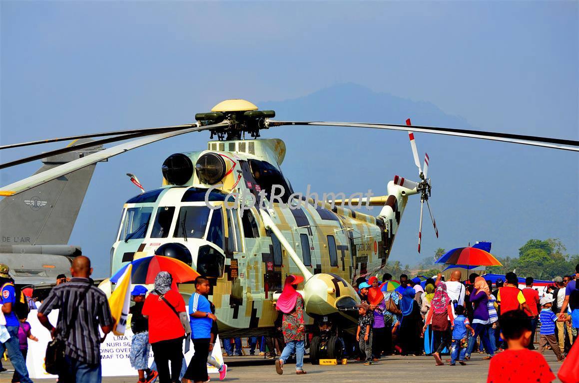 Pesawat Sikorsky S-61A4 yang telah diserap oleh Pasukan Udara Tentera Darat