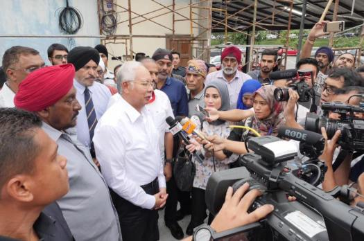 Najib Razak melawat Gurdwara Sahib Kuyow di Sungai Besi pada 1hb Mac 2017